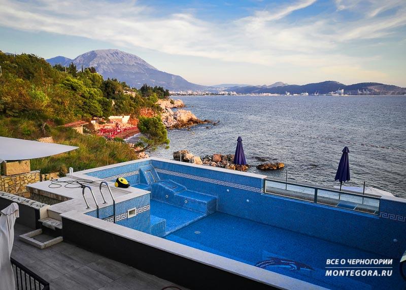 Апартаменты на Црвена пляжа в Черногории