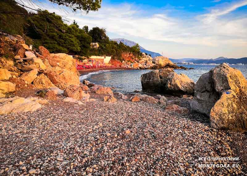 Фото Црвена пляжа в Черногории