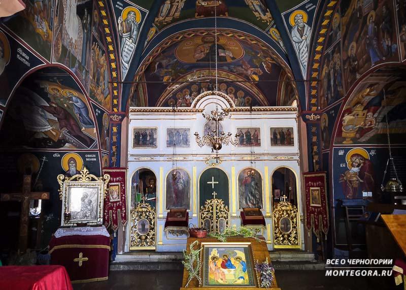 Где найти самую красивую архитектуру в Черногории