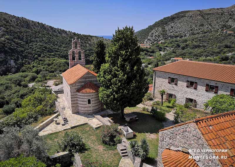 Монастыри в Черногории в наши дни