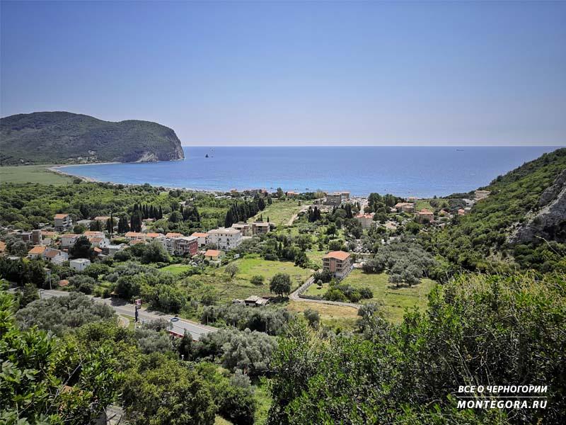 Вид на поселок Булярица и одноимённый пляж