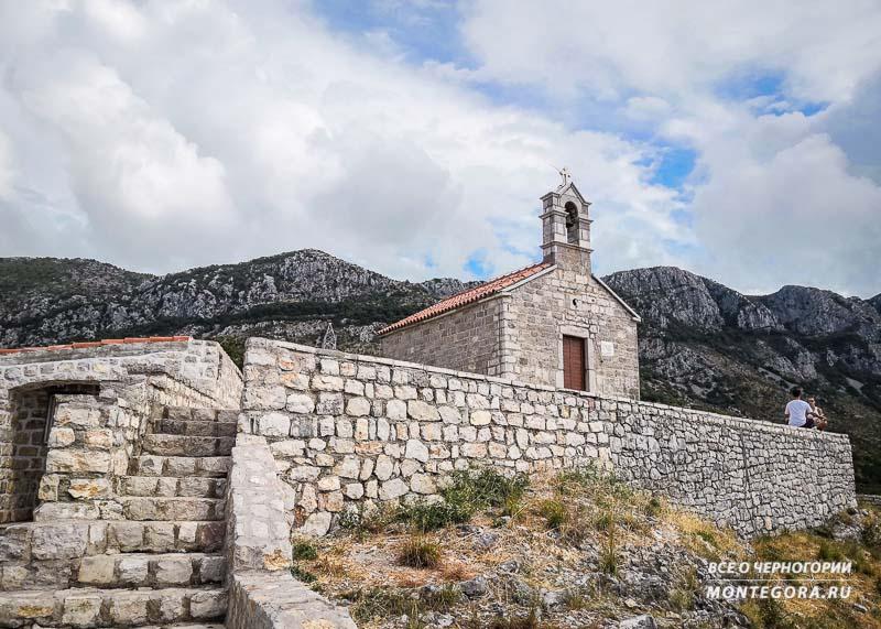 Черногорские достопримечательности и религия
