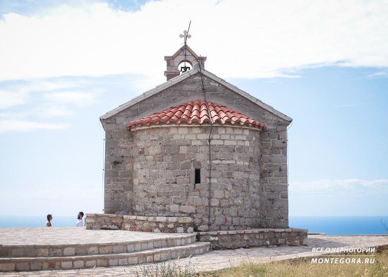 Главные достопримечательности и религия в Черногории