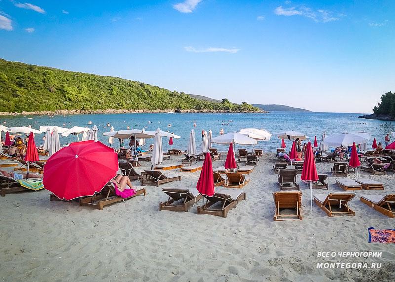 Инфраструктура на пляжах Черногории
