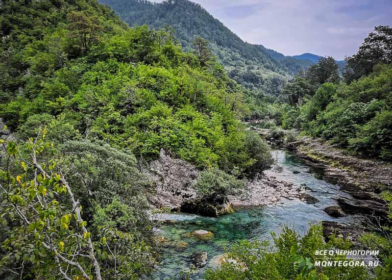 Места для запечатления масштабного пейзажа в Черногории