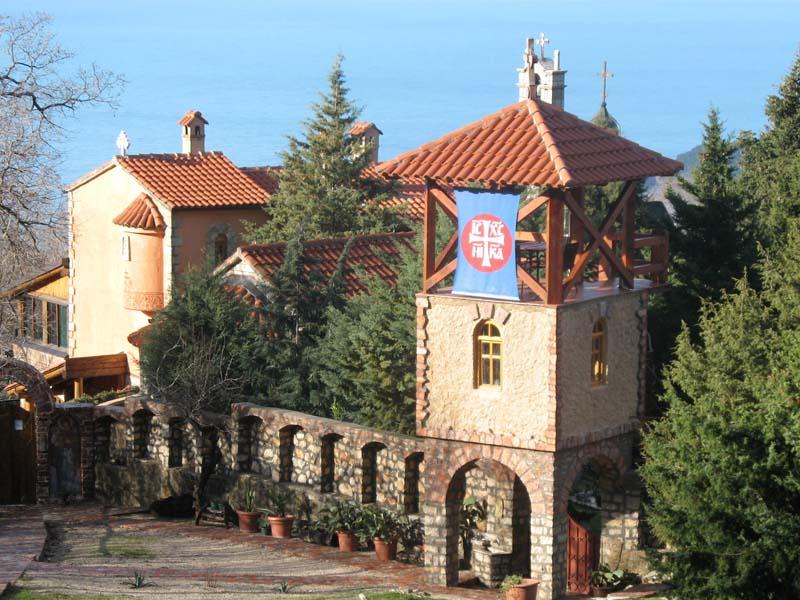 В этой статье вы узнаете всё нужное о монастыре Рустово