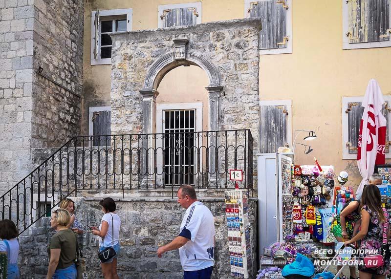 Исторические достопримечательности в Черногории