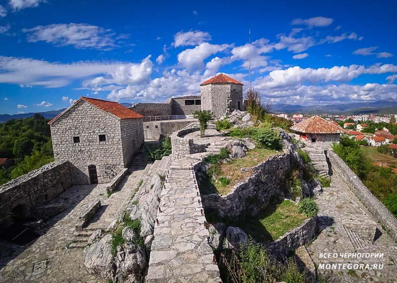 Архитектурно-масштабные достопримечательности в Черногории