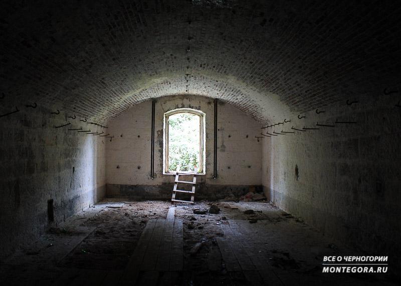 Что находится внутри крепости Врмац