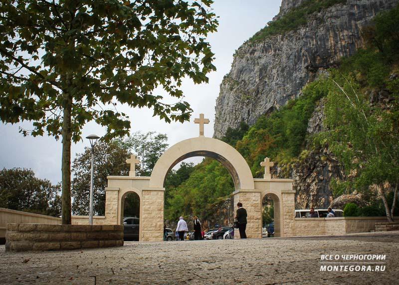 Черногорские достопримечательности и их религия