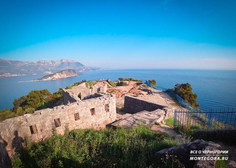 Руины крепости Могрен